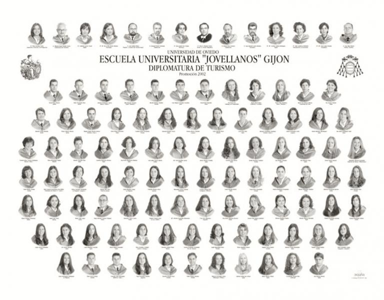 """Orla de la Diplomatura de Turismo de la Facultad de Comercio, Turismo y Ciencias Sociales """"Jovelanos"""" Gijón - Promoción 2002"""